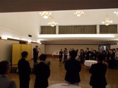 激励の言葉を送る木寺日本国大使