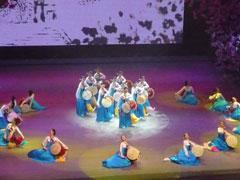延辺歌舞団による公演「9月の夢を放つ」 朝鮮族の伝統文化を披露(2日夜)